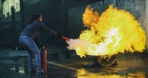 Formation prévention incendie par cdefi avec l'utilisation d'un extincteur